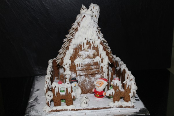 ginger bread house (12) kcl